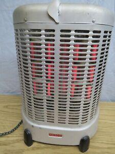 "ANTIQUE ""NESCO"" ELECTRIC HEATER, MODEL NO. 63, 115 VOLTS, 1250 WATTS USA"