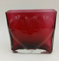 """PILGRIM CRANBERRY GLASS Square Heart Vase HANDMADE with GOLD w/Stickers 5"""""""