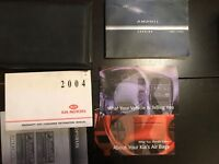 2004 Kia Amanti Owners Manual with Case OEM Free Shipping