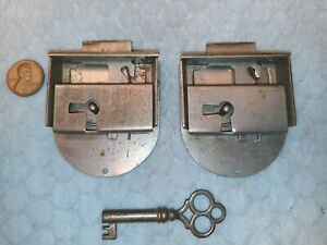 Furniture Door Drawer Dovetail Locks Medium NOS