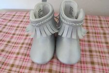 NEW LAURA ASHLEY Baby Girl SILVER Moccasin Booties w/fringe  SZ 4