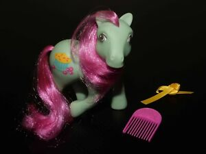My Little Pony G1 1980s Cranberry Muffins with original comb & ribbon vintage
