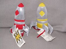 "VINTAGE MANHATTAN TOY ROCKET FINGER PUPPET TOY 4"" SET LOT 2 PRETEND IMAGINE NEW"