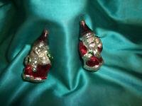 2 alte Christbaumkugeln Glas antiker Weihnachtsmann silber rot Sack Stock grün