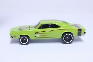 NICE HOT WHEELS '69 DODGE CHARGER W/ REAL RIDERS LIME GREEN