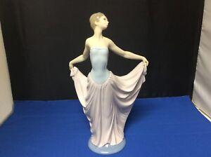"LLADRO Porcelain Figurine ""The Dancer"" #5050 EXCELLENT CONDITION"