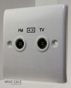 BG Nexus - 866-01 - 2 Gang TV/FM Diplexer Socket Outlet New