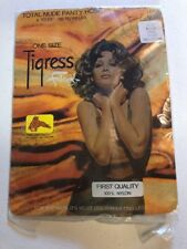 FABERGE TIGRESS 1970s Pantyhose Great Cover Photo NOS Beige