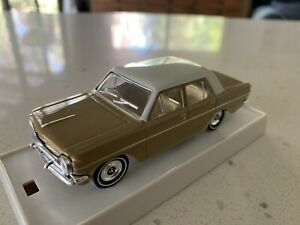 Trax. 1/43 Scale. TR5G. 1963 EH Holden Sedan. Kalgoolie Gold/ Ivory Roof.