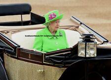 QUEEN ELIZABETH PHOTO 8x10 Royal London England Great Britain Collectibles