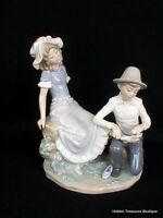 Nao By Lladro Tender Moment #448 Boy Bandaging Girls Foot Porcelain Figurine