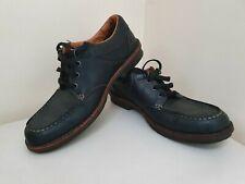 Clarks Black shoes Size 8