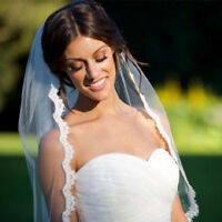 White/ Ivory Wedding Veil One-tier Fingertip Veils Lace Applique Edge With Comb