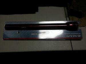 MAG-Lite 5-Cell D White Star Krypton Flashlight (Red)  S5D036