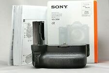 Sony VG-C3EM Vertical Grip for Alpha A9, A7III, A7RIII Excellent w/Box #3343297