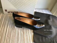 Arthur Beren Gravati sz 9 black 1 1/2 in.thick heels leather orig. $375 in box