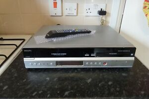 PHILIPS DVDR3430V VHS DVD Recorder VCR COMBI  *Copy VHS Tapes to DVD*