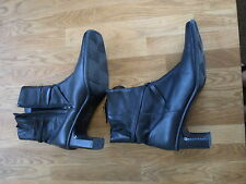 Shoe Tailor size 8 black leather ankle boots BNWOT