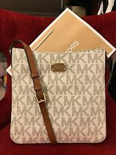 NWT MICHAEL KORS PVC JET SET TRAVEL LG MESSENGER CROSSBODY BAG IN VANILLA