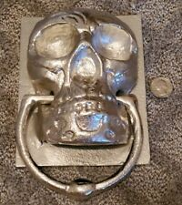 VINTAGE LARGE HEAVY CAST METAL CREEPY SKULL SKELTON HEAD DOOR KNOCKER HALLOWEEN!