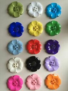 Large Daisy Flower Feature Button - Lots of Colours - 3 Sizes - 2 & 4 Holes