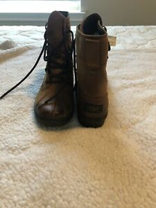 Gently Used UGG AUSTRALIA AZARIA  BROWN WATERPROOF LEATHER DUCK BOOTS WOMENS 10