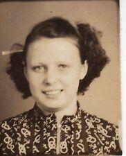 Vintage Photo Pretty Girl, Teen, School Portrait, 30's? 40's? mch g
