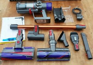 Dyson v11 Absolute pro with Torque Drive Cordless vacuum cleaner