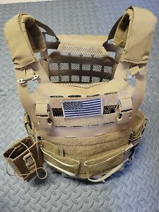 Crye AIRLITE SPC Plate Carrier - Large - Coyote - w/ CB, radio and plate pouches