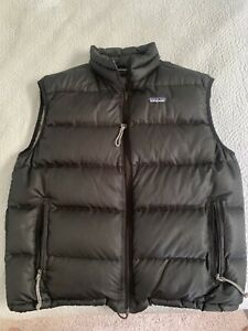 Patagonia Down Vest Mens Size L Black Quilted 84630 Good Condition