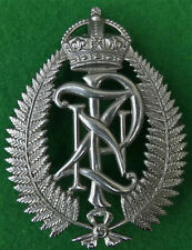 EARLIEST 1901 -1953 King's Crown New Zealand Police Officers BOBBY HELMET Badge
