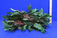 Artificial Leaf Garland Chain Linked Together Dark Green Pointed Leaves 6 Ft