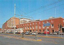 Cartolina Civitavecchia Stazione Marittima auto d'epoca
