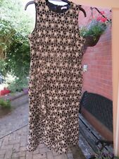 Beautiful dress by WAREHOUSE - black white size 16-18 - BN - only £18 Christmas!