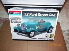 1 Brand New Monogram 1/25 Model 32 Ford Street Rod Skill 2 Kit # 85-0882