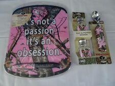 Mossy Oak Pink 3-Piece Cutting Board & Knife + Salt & Pepper + Ice Cream New Nip