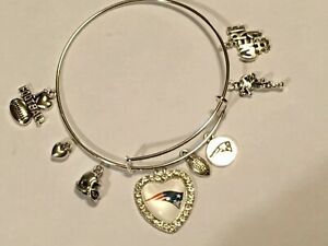 New England Patriots 8 Charm Bracelet Jewelry Silver Helmet Football Rhinestone