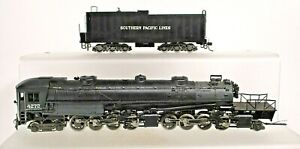 SOUTHERN PACIFIC AC11 CAB FORWARD LOCO-HO SCALE-PLASTIC