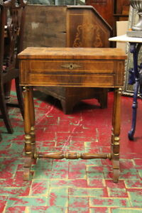 Small Table For Work/Piedmont/Period 800