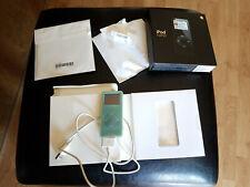 Apple iPod Nano Black 2GB MA099LL/A w/ Rubber Green Case Bundle Includes BOX+MOR