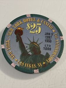 NEW YORK NEW YORK $25 Casino Chip Las Vegas Nevada 3.99 Shipping