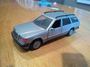 Cursor 1503 Mercedes 200T 300 TE Wagon