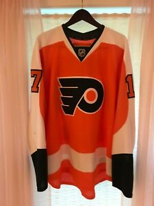 Game Used Wayne Simmonds Philadelphia Flyers 2012-13 Home Jersey