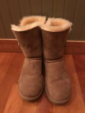 Traditional Uggs Size 7