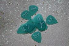 Fender California Clear Surf Green Medium Gauge Guitar Picks,12 Pack, 0981351857