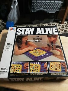 Vintage Stay Alive The Ultimate Survival Game 1978 Milton BRADLEY