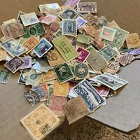 BOX LOT WW STAMP LOT. 1'000's OF OFF PAPER STAMPS, 50+ INTERNATIONAL COUNTRIES