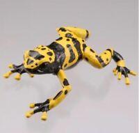 Kaiyodo Capsule Q Poisonous Yellow Banded Poisonous Dart Frog Figure