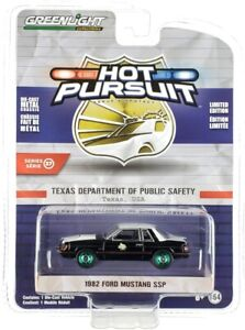 Chase 1982 FORD MUSTANG SSP TEXAS DEPT OF PUBLIC SAFETY 1/64 GREENLIGHT 42950 A