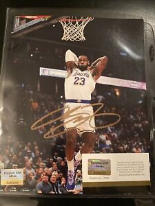 LEBRON JAMES Signed Autographed LOS ANGELES LAKERS NBA 8x10 Photo -- COA